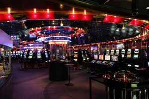 Online casinos - Ways to Make A Living Playing Casino Poker