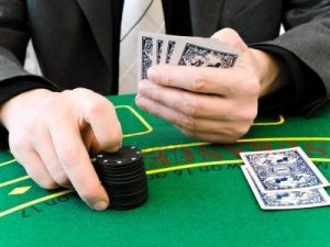 Play Online Poker And Get Real Cash At KQPoker